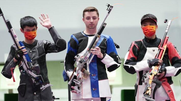 Американец Шэйнер выиграл олимпийское золото в стрельбе из винтовки