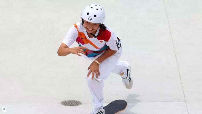 13-летняя японка стала олимпийской чемпионкой по скейтбордингу