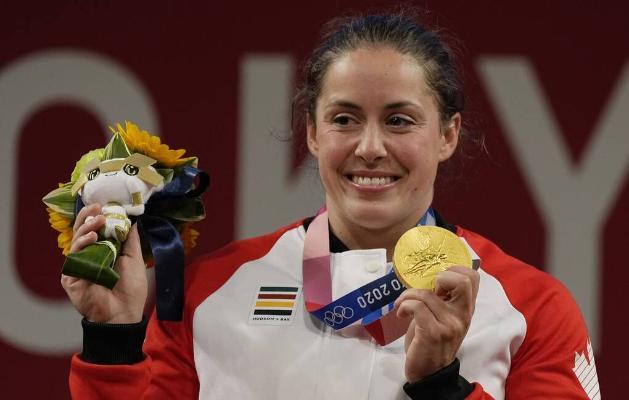 Канадская тяжелоатлетка Мод Шаррон стала чемпионкой Олимпиады в весе до 64 кг