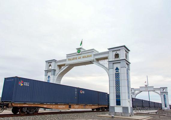 Поезд доставит из Китая в страны Центральной Азии груз с электроинструментами