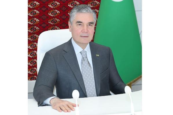 Gurbanguly Berdimuhamedow welaýat we etrap häkimleri bilen iş maslahatyny geçirdi