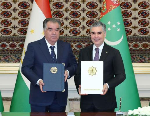 Туркменистан и Таджикистан будут сотрудничать в сфере перевозок сжиженного газа и ГСМ