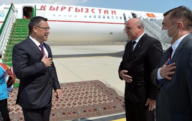 Gyrgyzystanyň Prezidenti Türkmenistana geldi