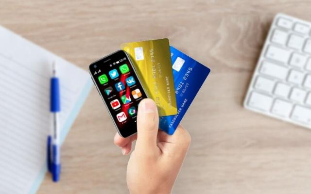 Hytaý kompaniýasy dünýäde iň kiçi smartfonlary öndürip başlady