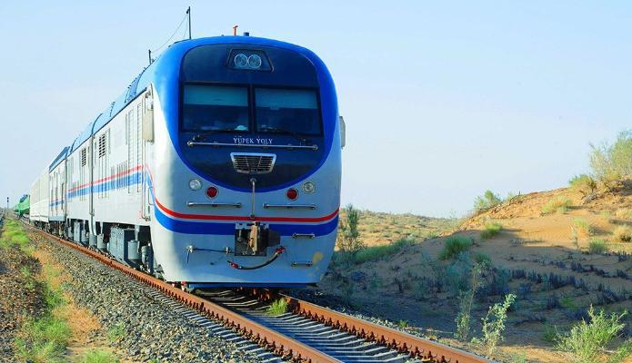 Между Ашхабадом и крупными городами Туркменистана частично восстановлено ж/д сообщение