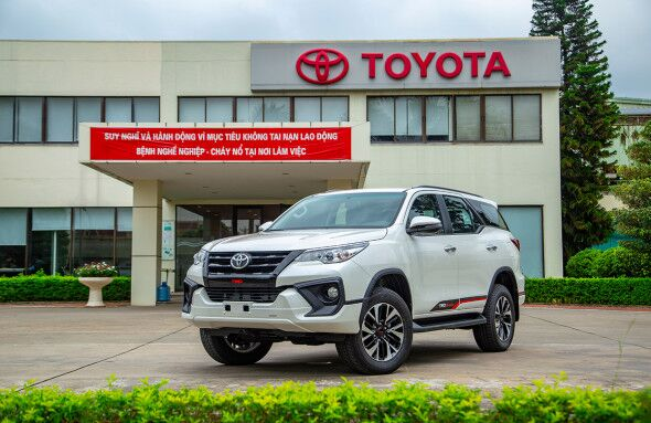 Toyota sentýabr aýynda awtomobil önümçiligini 40% azaldar