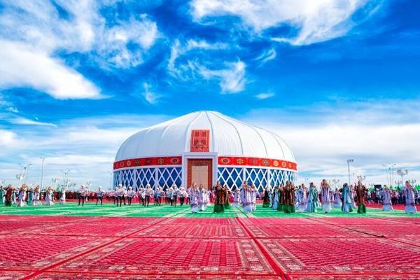 В Туркменистане оказание культурных услуг на свадебных и других торжествах будет регулироваться государством