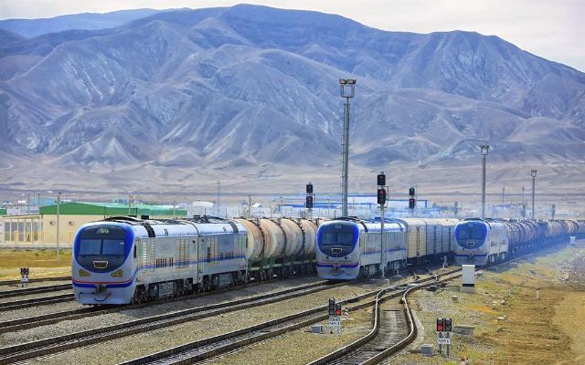 В Туркменистане утвердили порядок таможенного оформления грузов, перевозимых ж/д транспортом