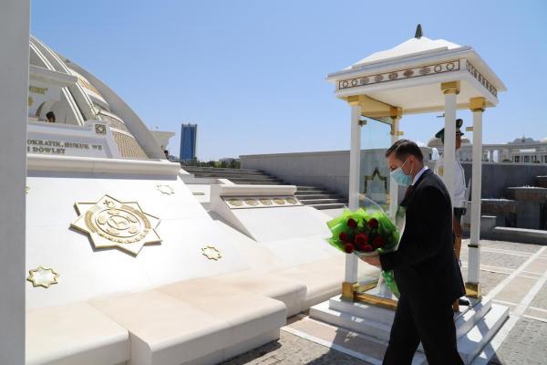 Türkmenistanyň Prezidenti BMG-niň täze hemişelik utgaşdyryjysy Dmitriý Şlapaçenko bilen duşuşdy