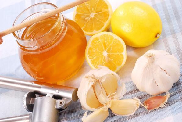 Immuniteti sarymsak we limon bilen güýçlendirip bolarmy?
