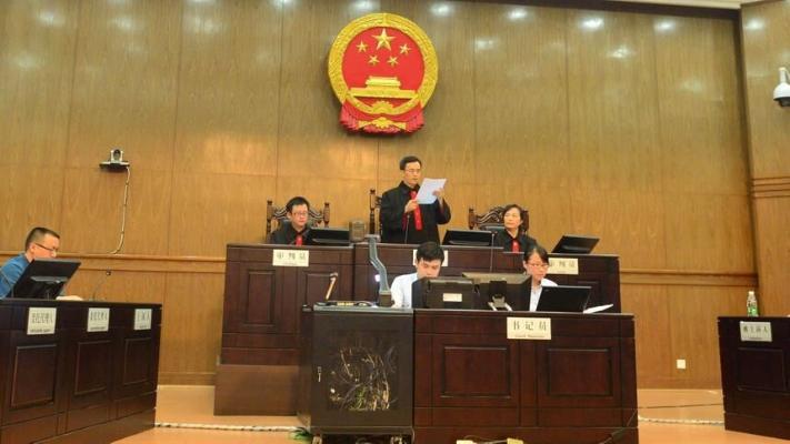 В Китае могут запретить работодателям злоупотреблять сверхурочными работами