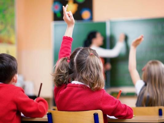 В ВОЗ призвали к очному обучению школьников в новом учебном году