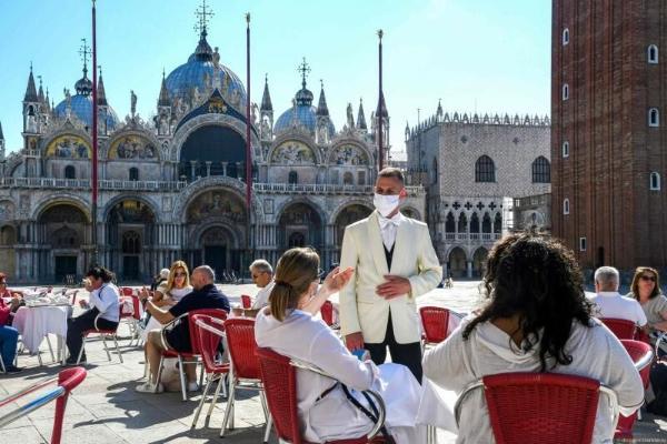 Венеция начнет принимать туристов по предварительной записи
