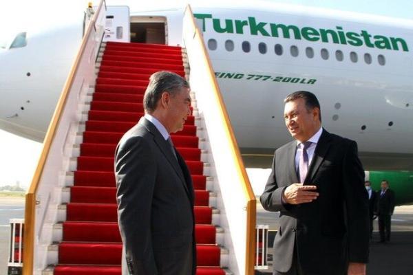 Türkmenistanyň Prezidenti Täjigistana iş sapary bilen bardy