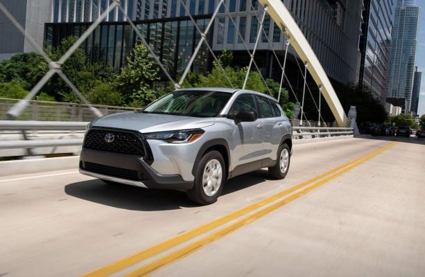 Toyota 2022-nji ýylyň Corolla Cross krossowerini çykardy