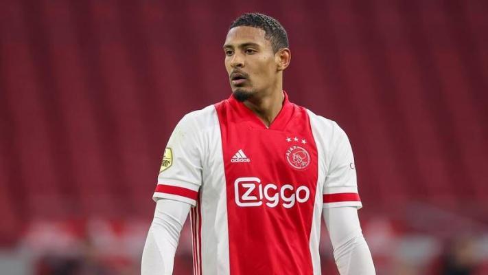 Лучшим игроком недели в Лиге чемпионов признали 27-летнего дебютанта ивуарийца Алле