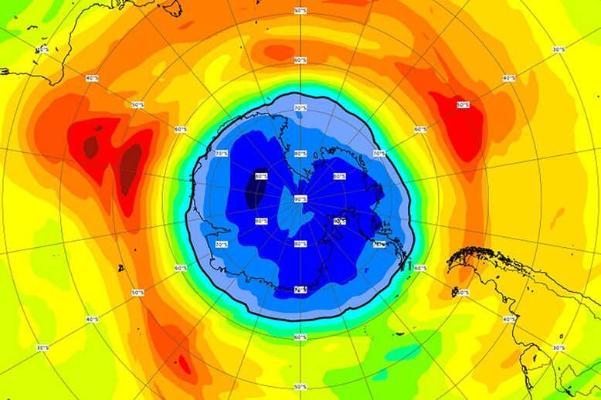 Озоновая дыра над Южным полюсом теперь превосходит размеры Антарктиды