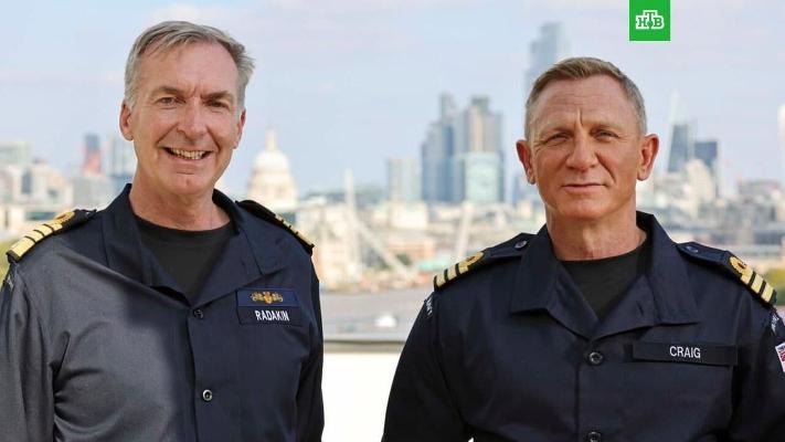 Исполнитель роли Джеймса Бонда стал почетным коммандером военно-морского флота Великобритании